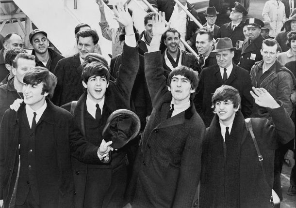 1024px-The_Beatles_in_America